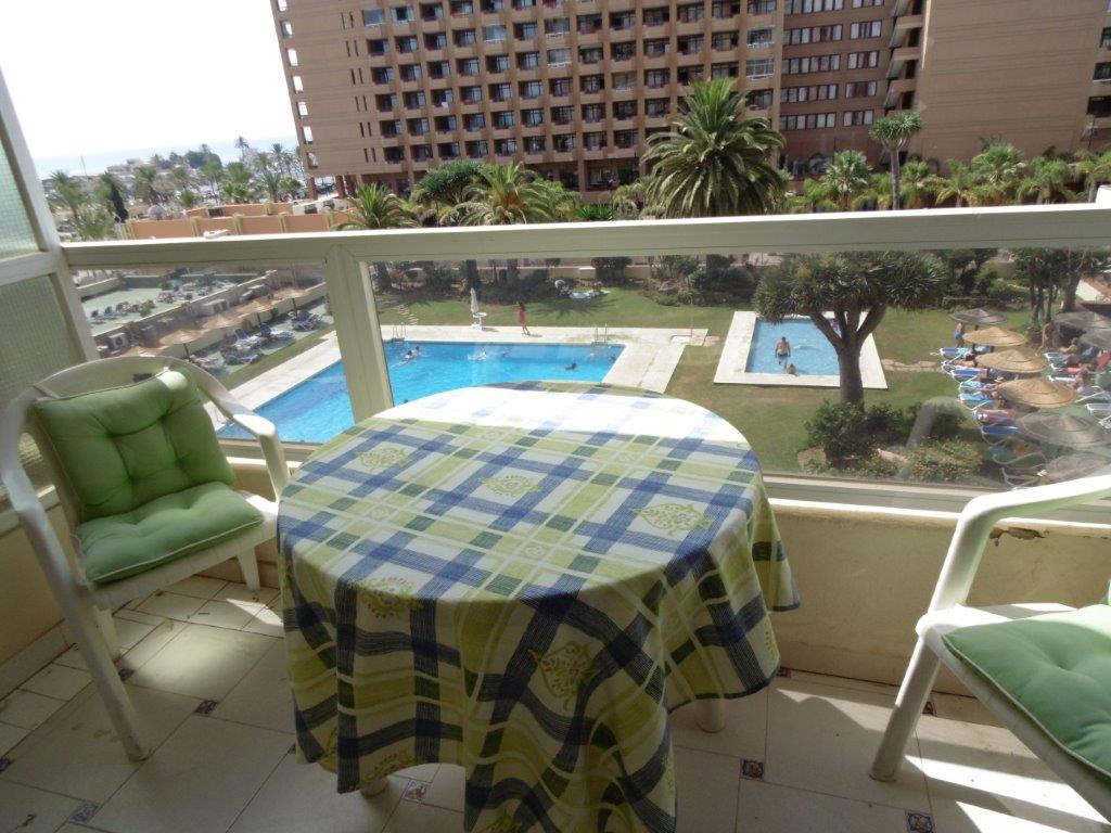West facing studio for sale in Fuengirola in a front line building having a prime location near rest, Spain