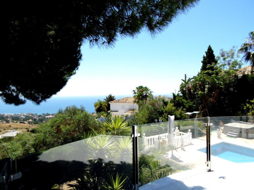 5 bedroom villa for sale benalmadena