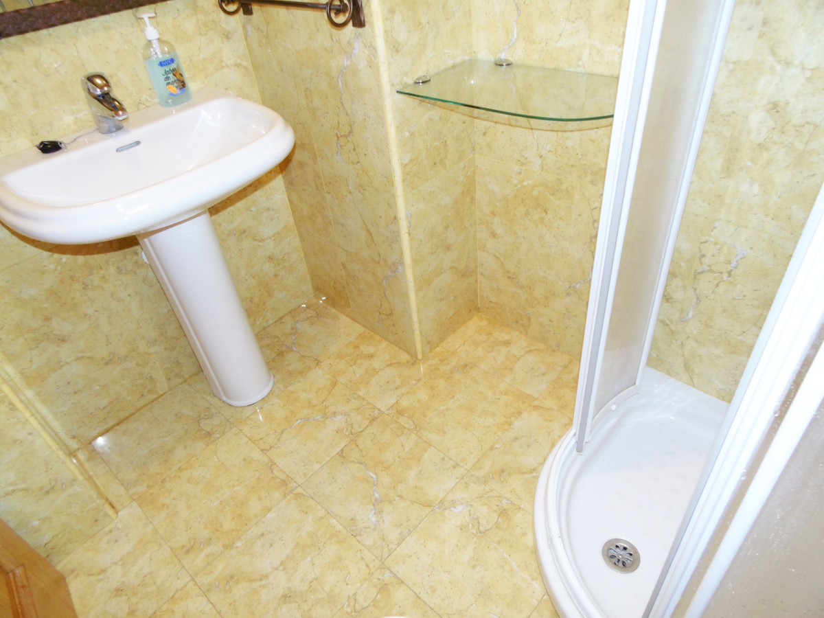 2 Bedroom Apartment For Sale, Fuengirola