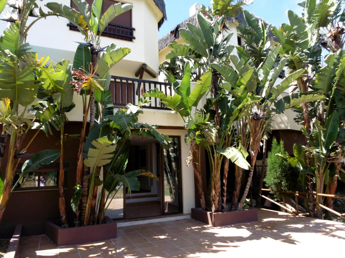 Maison de Ville Semi-détaché à Riviera del Sol R3441508