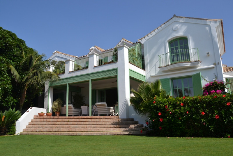 An exclusive villa situated only 25metres from the Beach in a tranquil and consolidated area conside, Spain