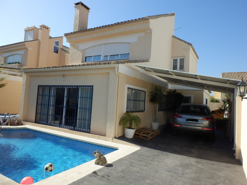 Villas for sale in Estepona (New Golden Mile) 7