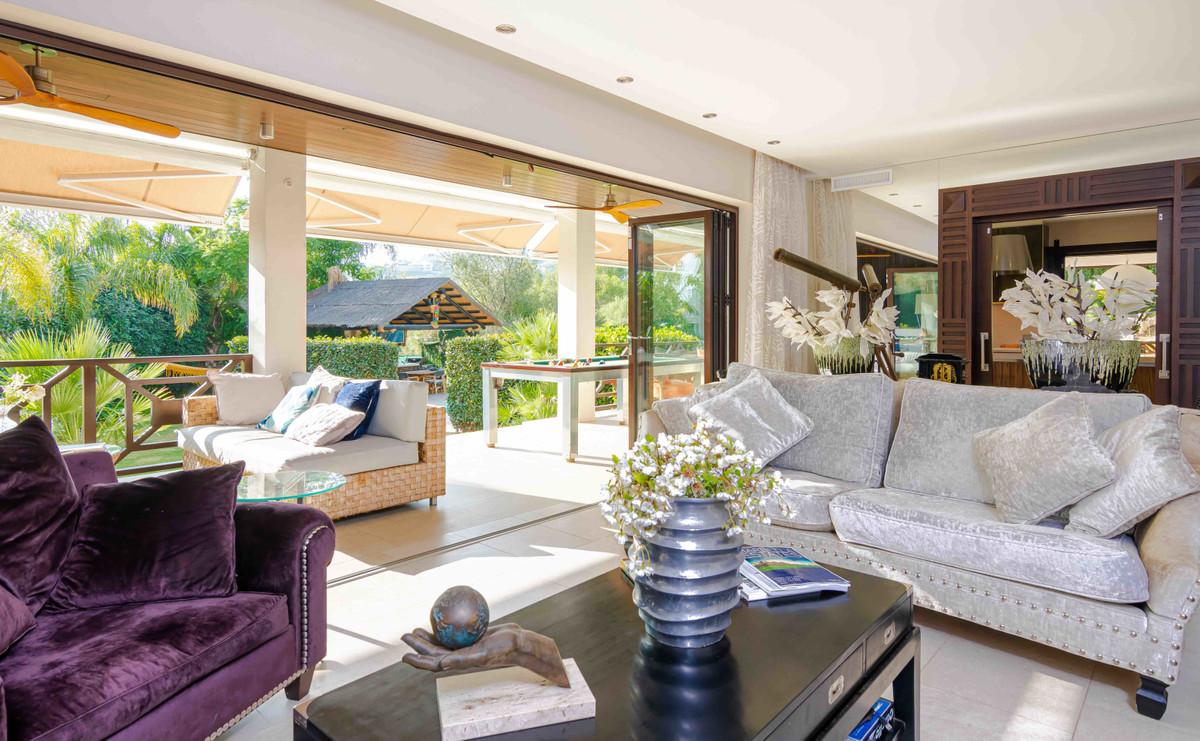 Villa – Chalet en Venta en Nueva Andalucía – R3510256
