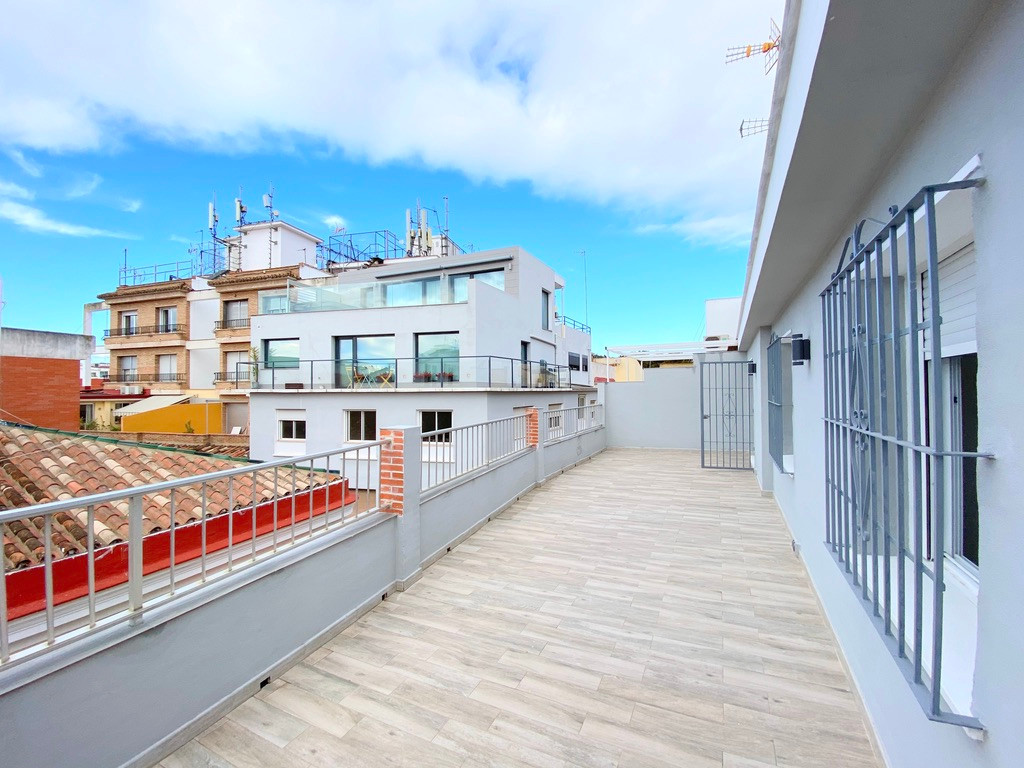 Big apartment with a huge terrace located in Malaga down town.  The apartment has 185m2 build and 39,Spain