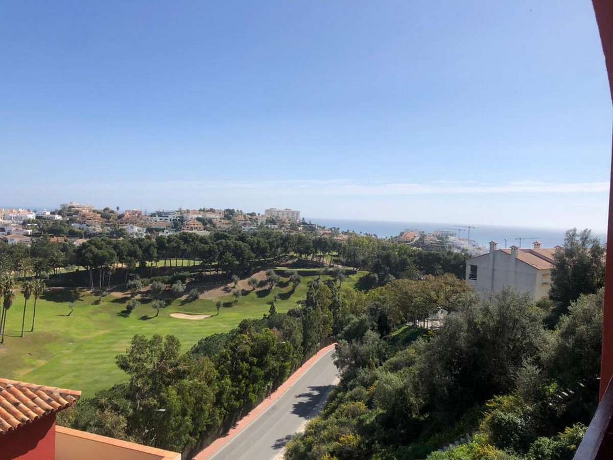 Spacious 2 bedroom two bathroom apartment in Benalmadena Hill Views Spacious two bedroom apartment t, Spain