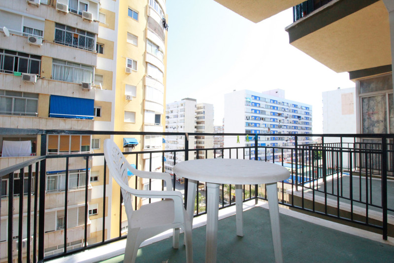 Middle Floor Studio in Torremolinos Centro for sale