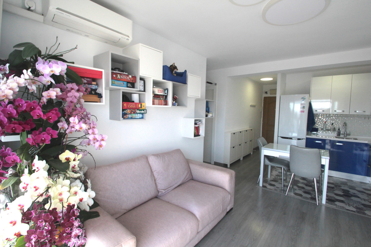 2 Bedroom Penthouse Apartment For Sale La Carihuela