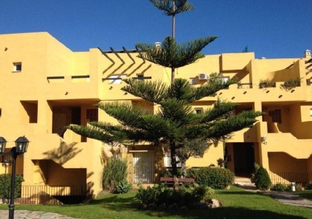 Apartamento con 3 dormitorios - Guadalmina Alta