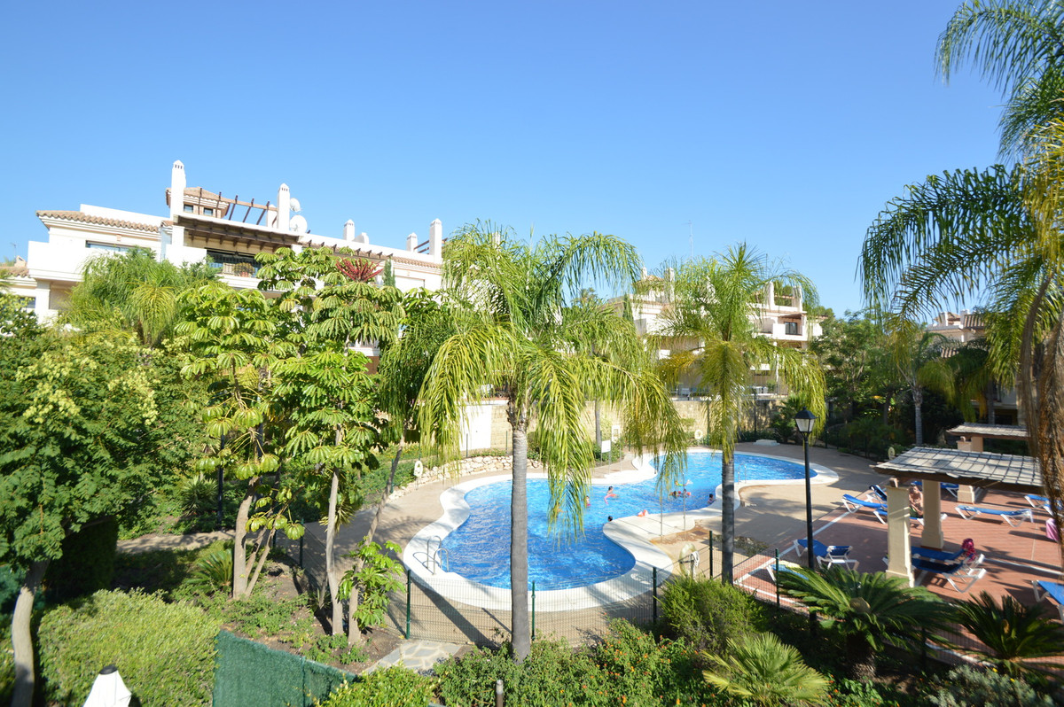 Town House for sale in Nueva Andalucia - Nueva Andalucia Town House - TMRO-R3217255