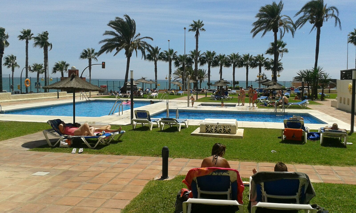 For sale beautiful duplex apartment in front of the beach. The apartment is completely renovated, is, Spain