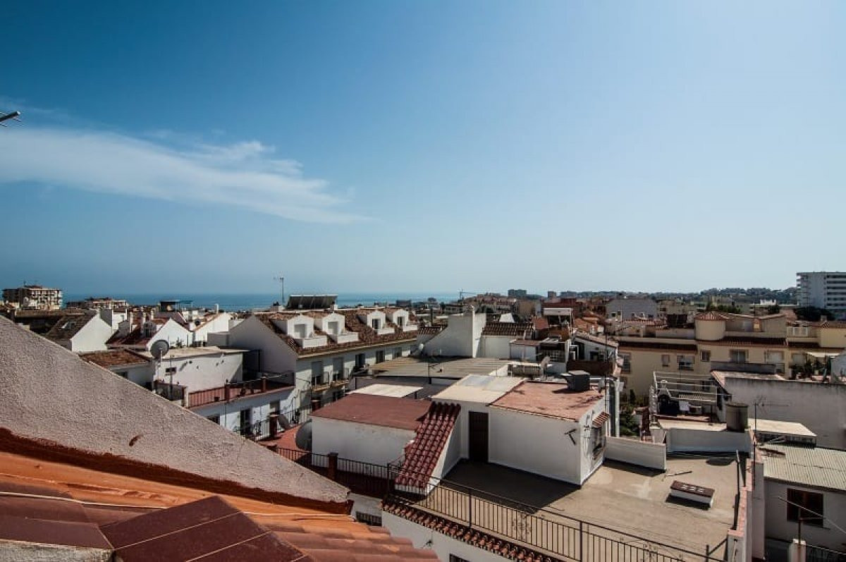 2 Bedroom Middle Floor Apartment For Sale Arroyo de la Miel