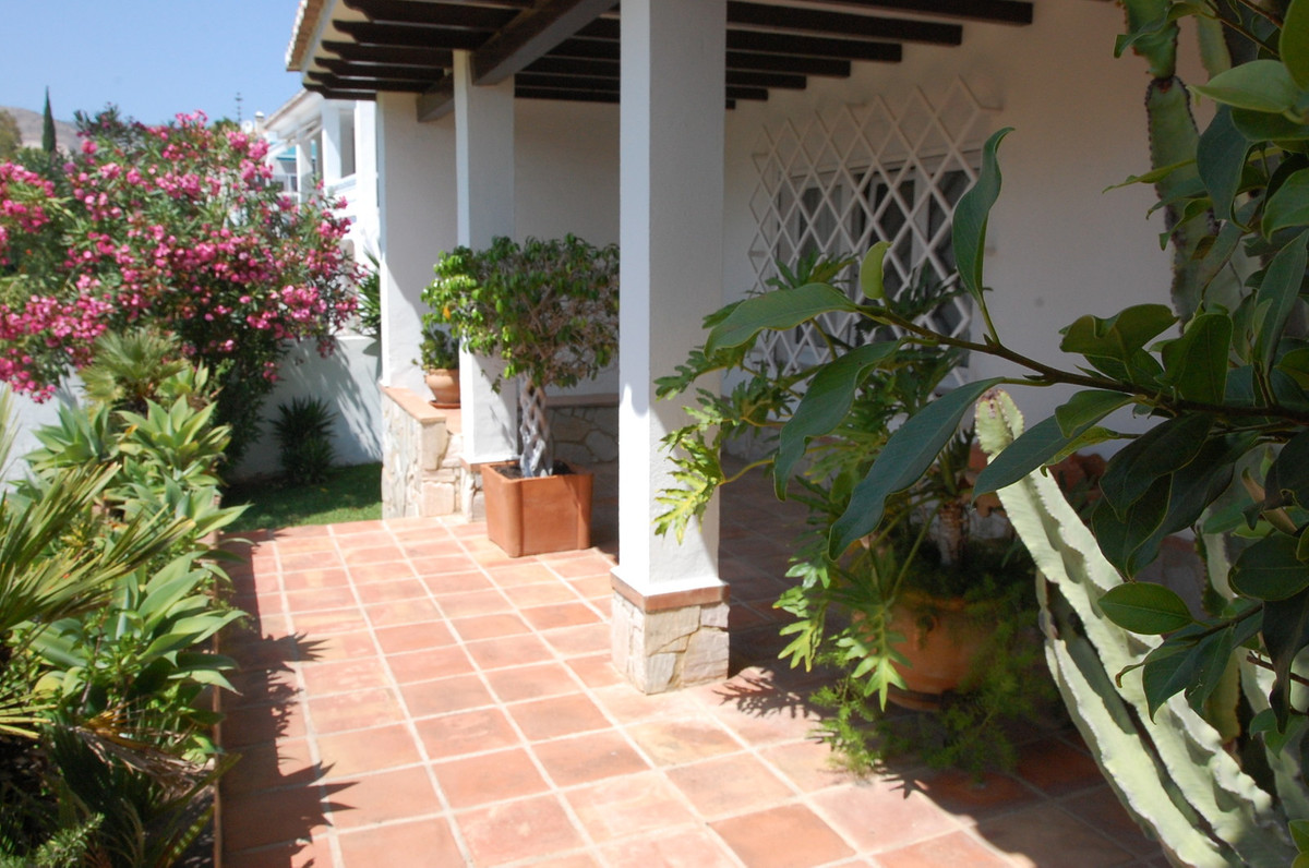 3 Bedroom Villa For Sale, Torrequebrada
