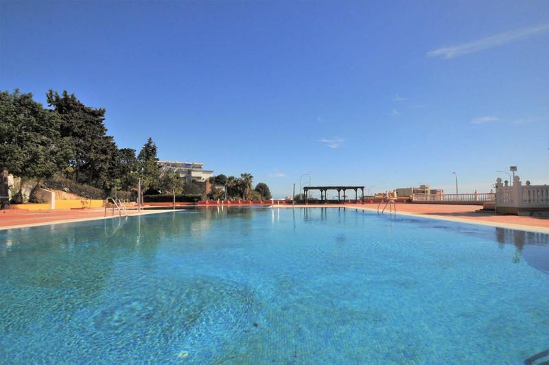 Апартамент средний этаж - Torremolinos - R3025996 - mibgroup.es