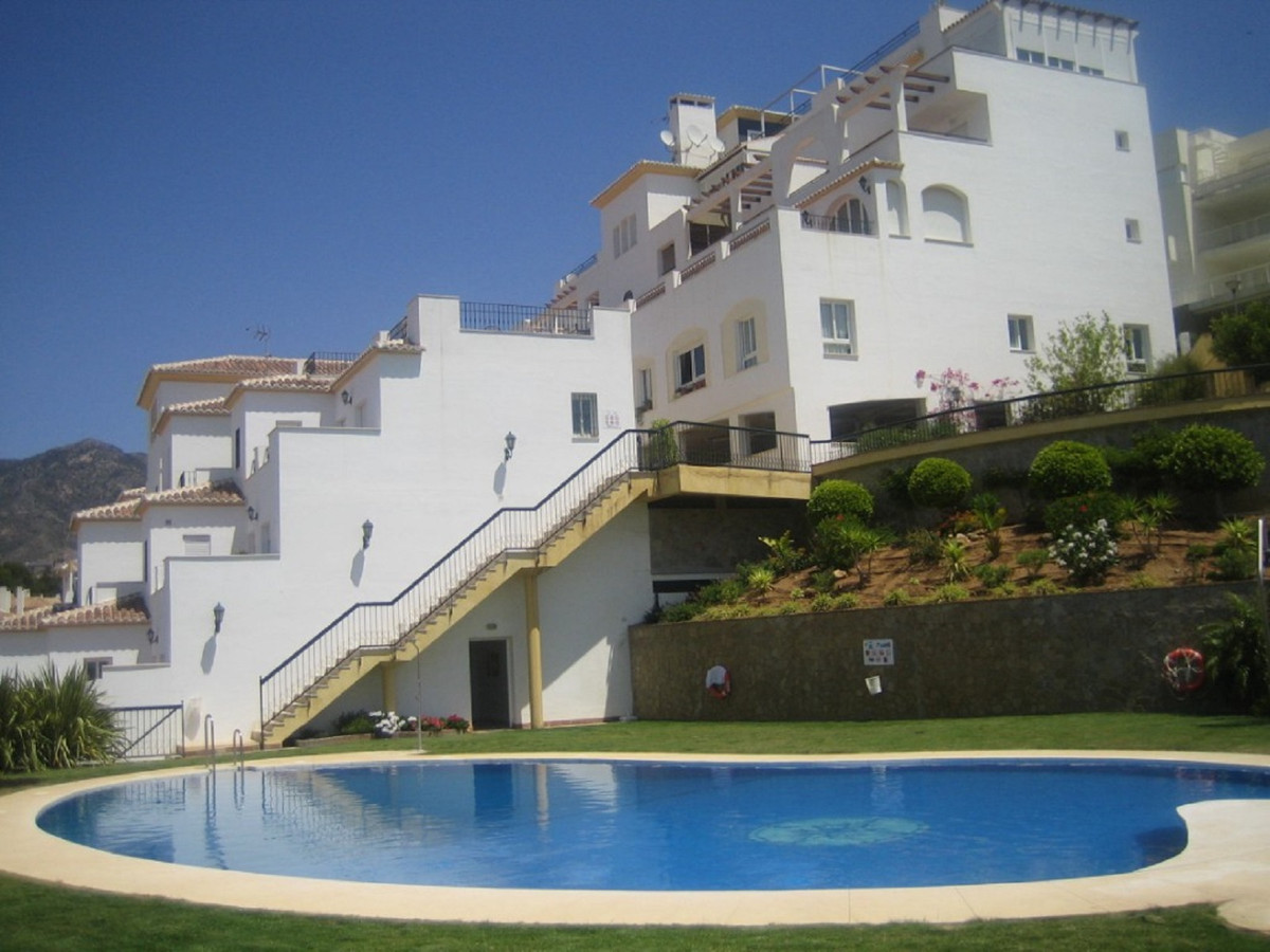 VIEWINGS FROM MAY 8TH! You will certainly enjoy this high quality apartment of 86 sq.mts with 2 bedr,Spain