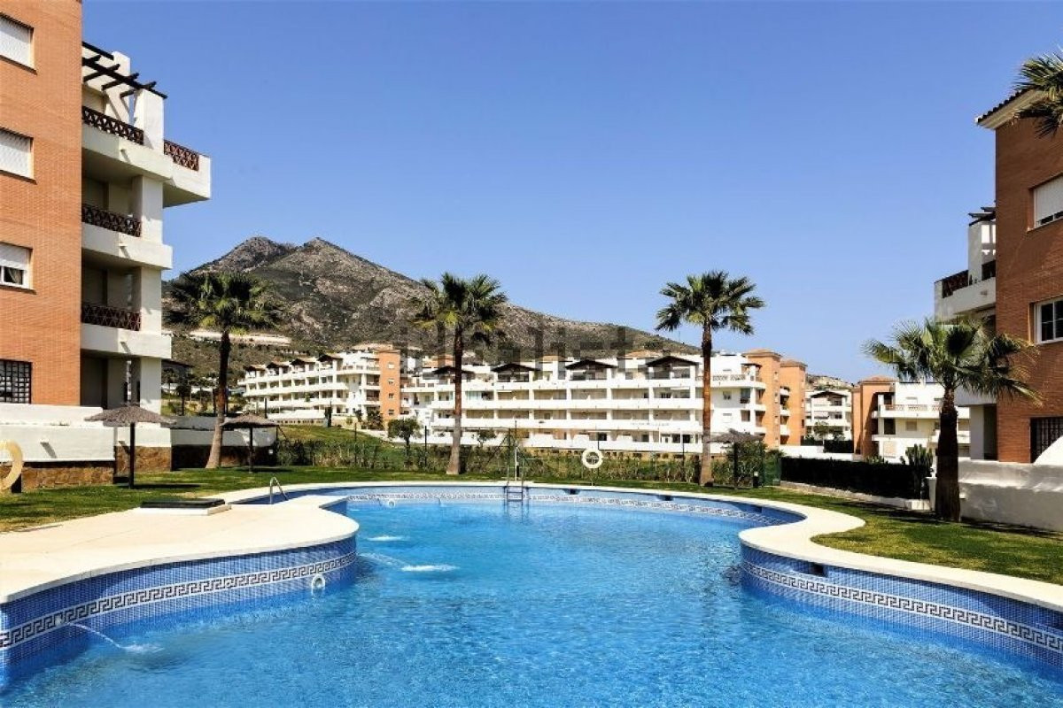 Apartment for sale in the Arenal Golf Urbanization located between Arroyo de la Miel and Benalmadena,Spain