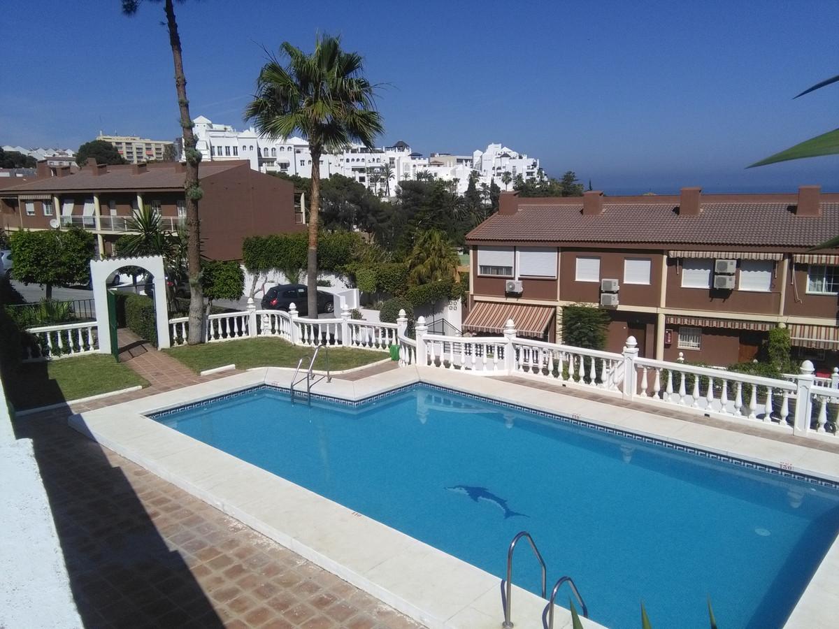 Apartamento Planta Baja 3 Dormitorio(s) en Venta Torremolinos