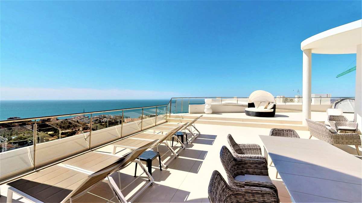 Penthouse, Benalmadena, Costa del Sol. 4 Bedrooms, 3 Bathrooms, Built 183 m², Terrace 180 m².  Setti, Spain