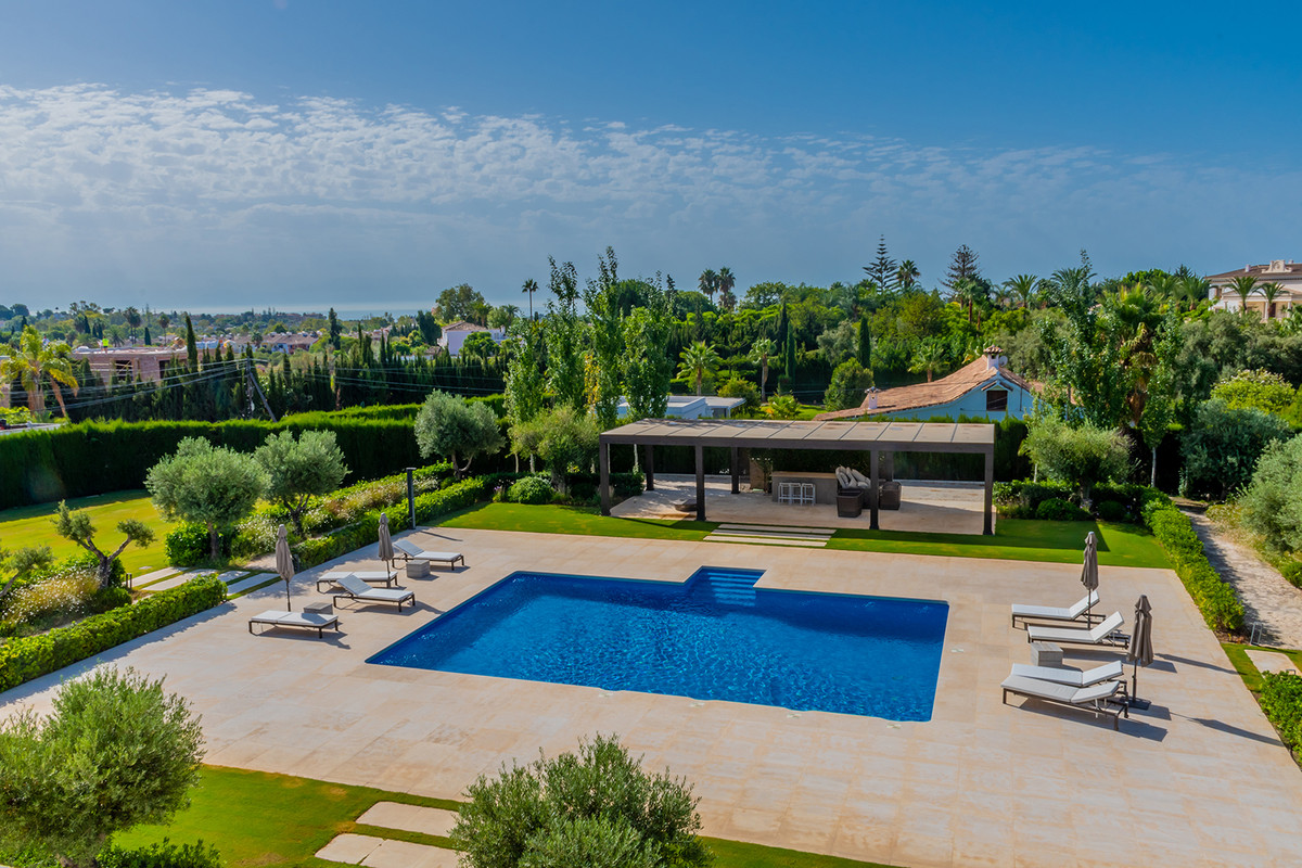 Villa – Chalet en Venta en Guadalmina Alta – R3704048