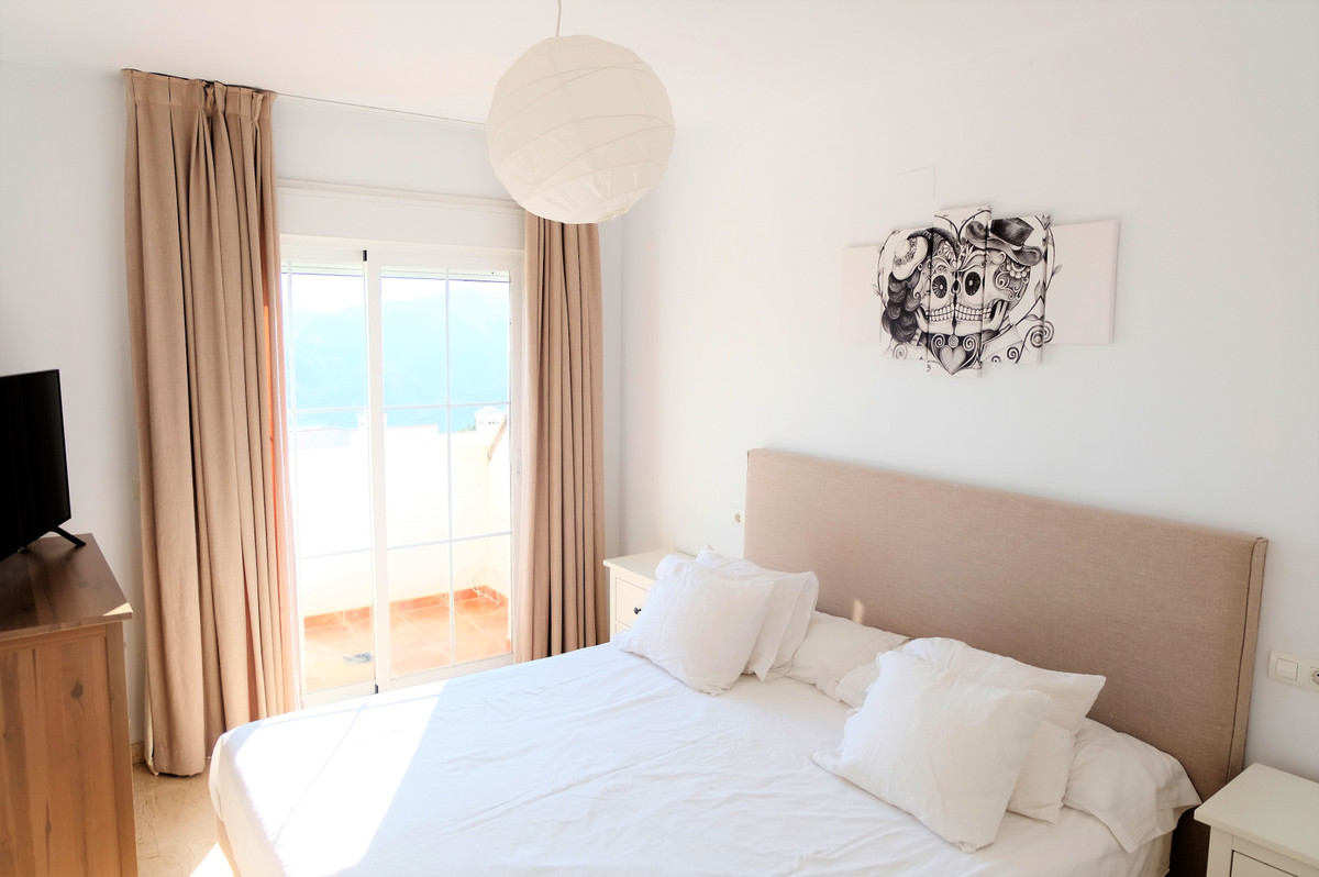 Apartamento Planta Media en Istán, Costa del Sol
