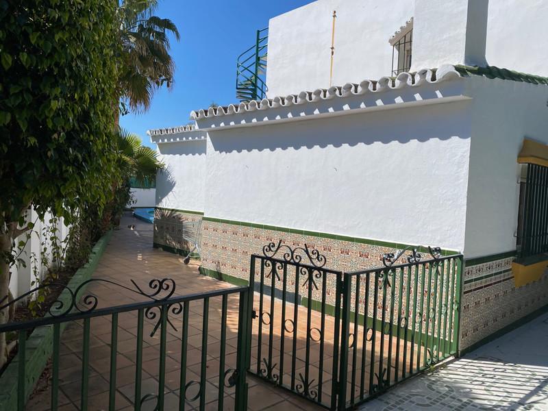 Villa – Chalet en venta en Atalaya – R3616334
