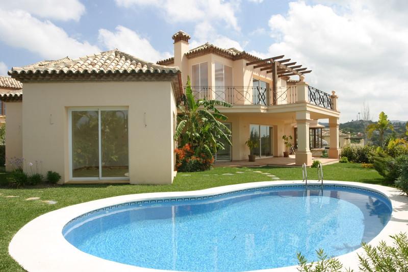 Villa – Chalet en venta en Elviria – R2708999