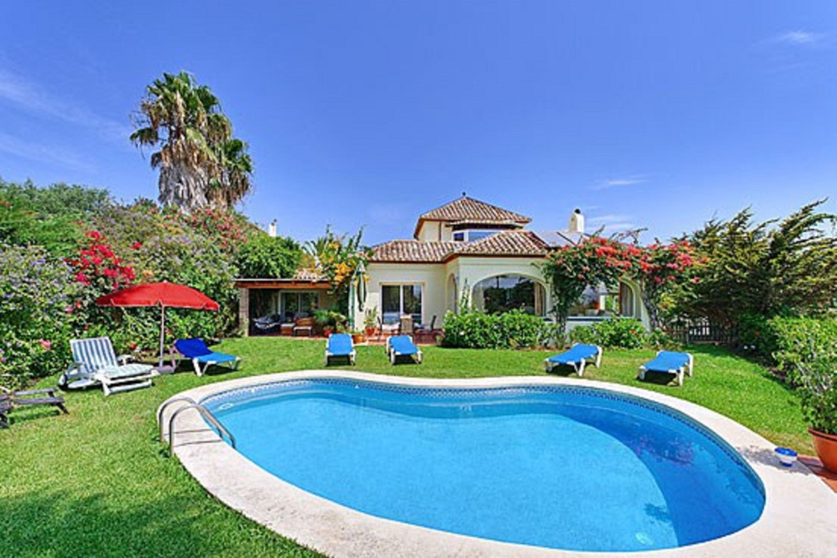 Detached Villa in Sotogrande R2630612