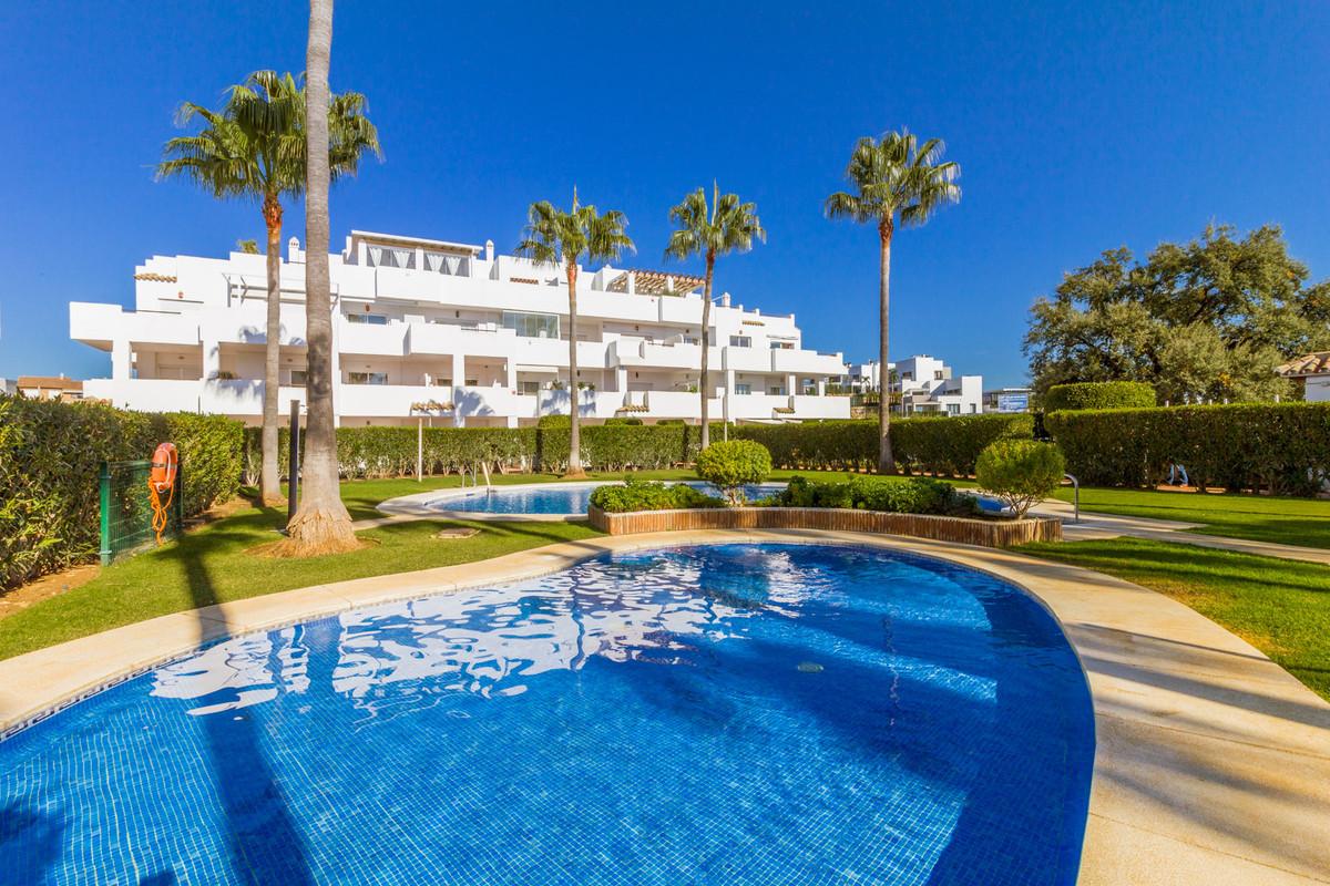 Marbella Banus Apartamento en Venta en Selwo – R3770971