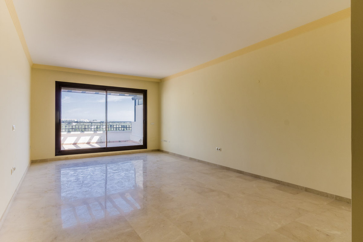 3 Bedroom Penthouse Apartment For Sale Selwo