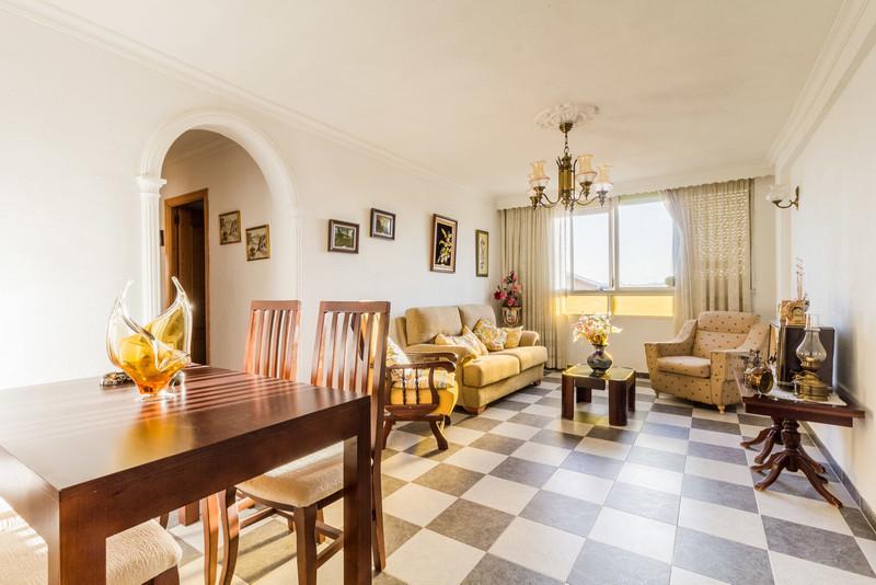 Top Floor Apartment - Estepona - R3521512 - mibgroup.es