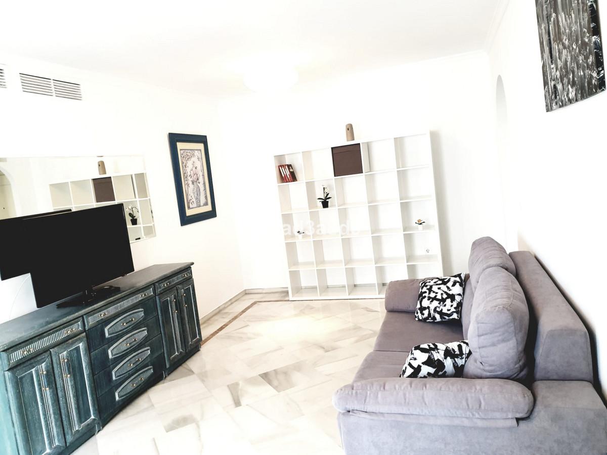 Marbella Banus Apartamento en Venta en Puerto Banús – R3878419