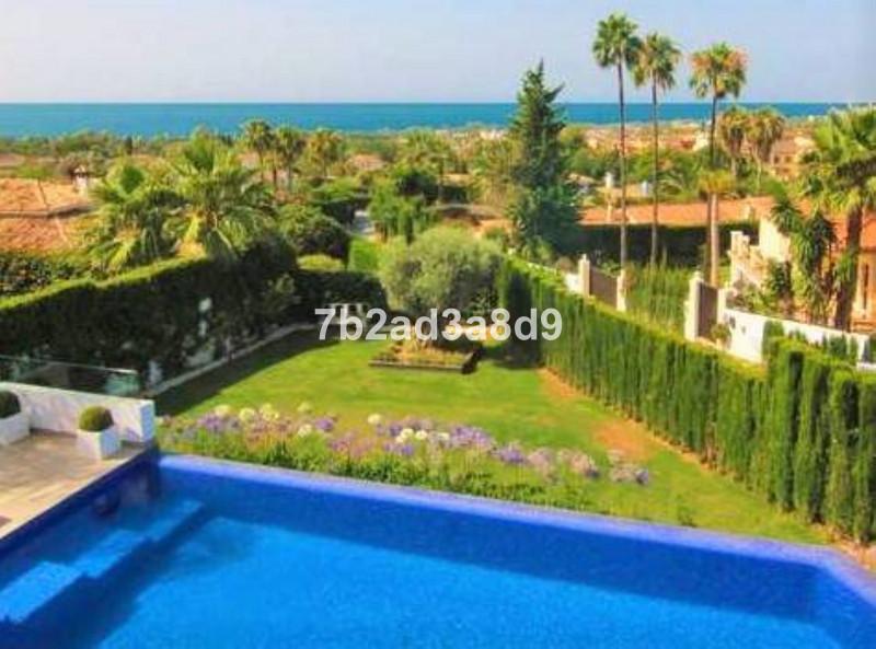 Villa – Chalet en venta en The Golden Mile – R3584599