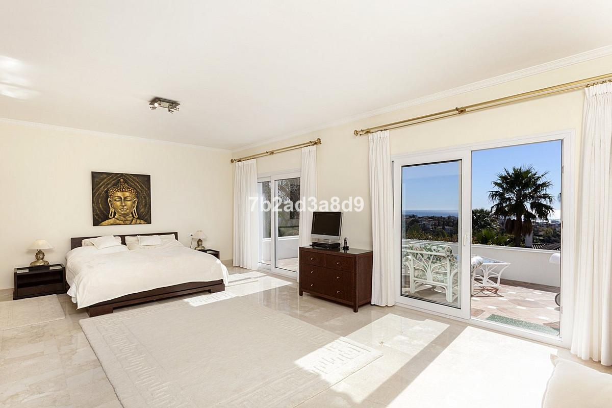 4 Bedroom Detached Villa For Sale The Golden Mile