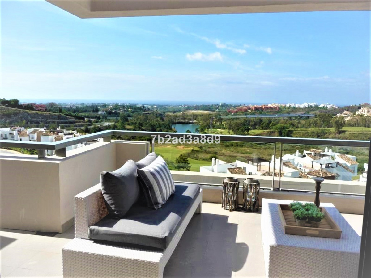 Fantastic Apartment with 2 bedrooms and 2 bathrooms, South facing with panoramic sea views. Modern s, Spain