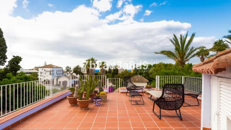 Villa – Chalet en venta en The Golden Mile – R3508447