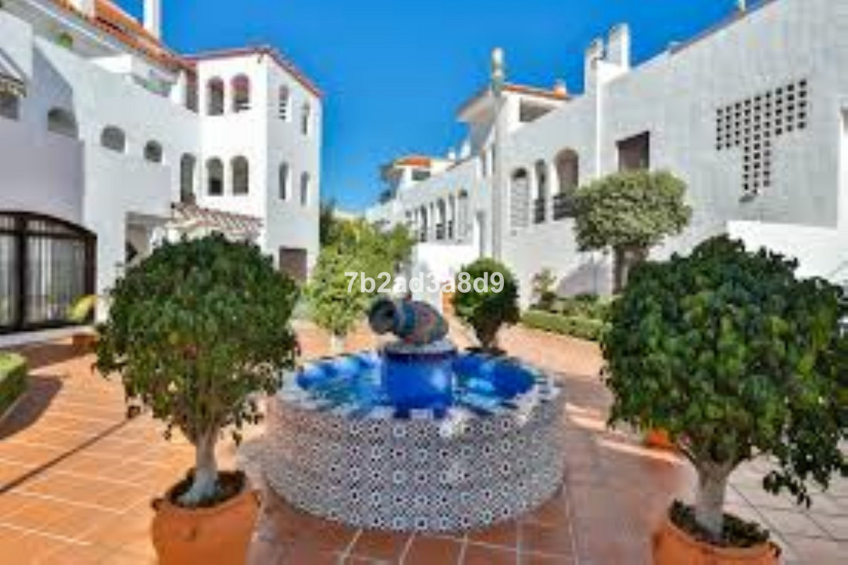 3 Bedroom Apartment For Sale, Nueva Andalucía