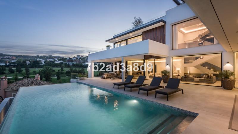 Detached Villa in Benahavís for sale