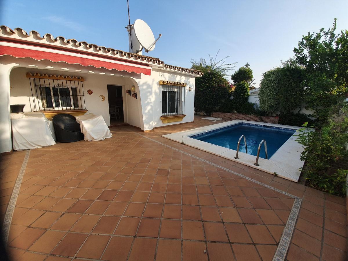 Marbella Banus Villa – Chalet en Venta en Cancelada – R3713801