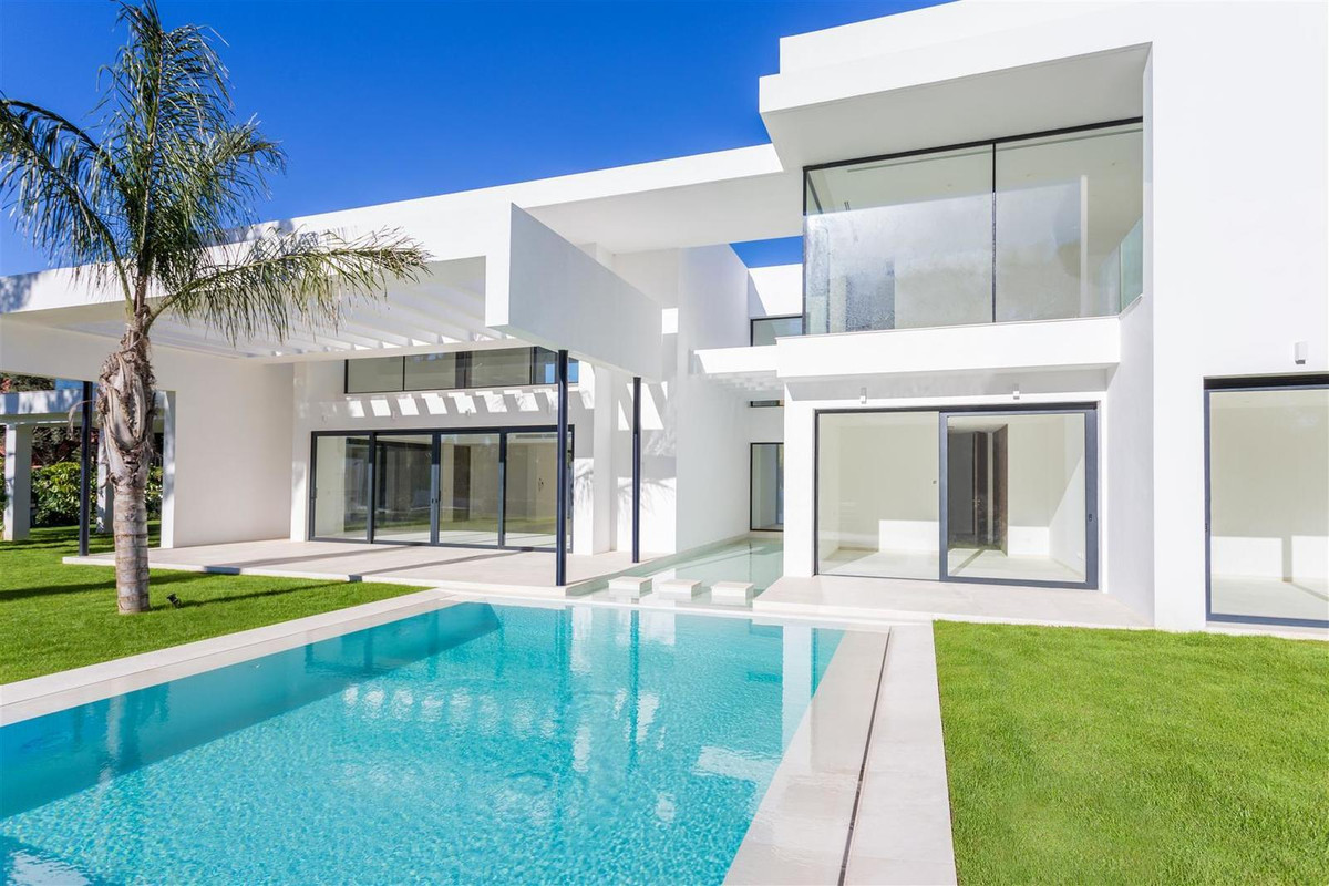 Amazing  and brand NEW  villa   designed by renowned architect Juan Antonio Fernandez, is located in,Spain