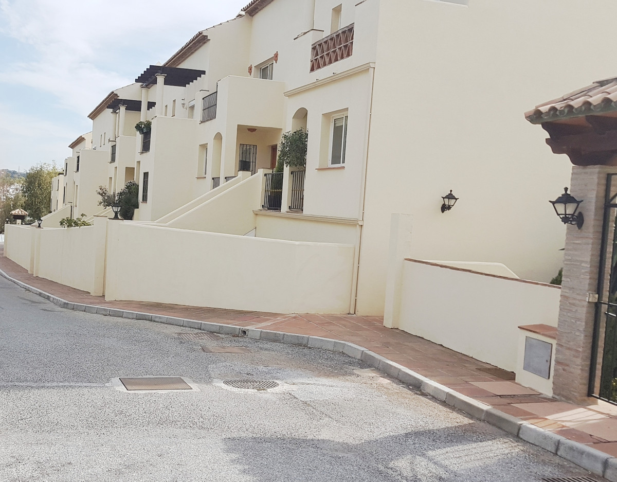 Apartamento en Venta en Aloha – R3116527