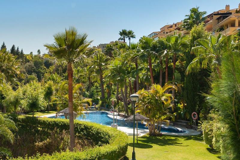 Se vende Apartamento Planta Media, Sierra Blanca – R2500469