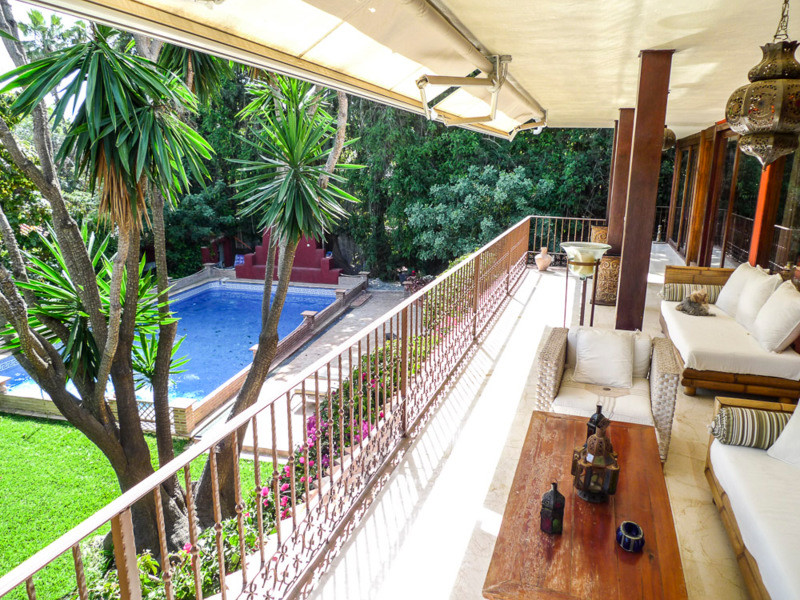 This cozy south facing villa situated in Marbella Nagueles area,  in one of the most  exclusives  ar,Spain