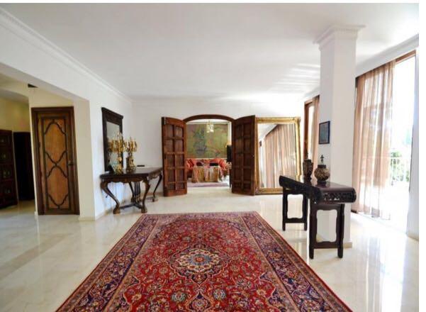 Villa con 6 Dormitorios en Venta Sierra Blanca