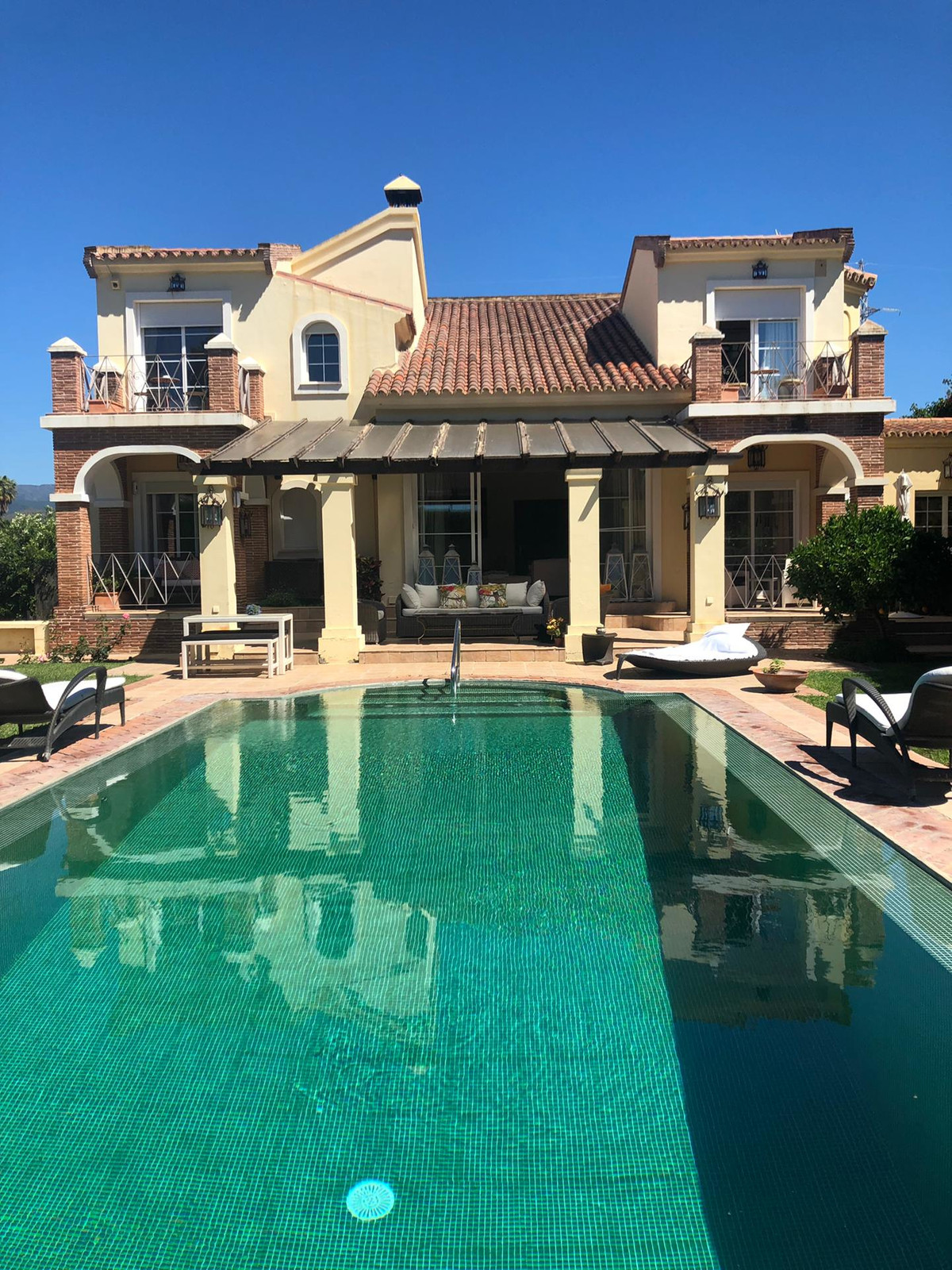 Beautiful family home, located in one of the most prestigious areas of Nueva Andalucia, in Rio Verde,Spain