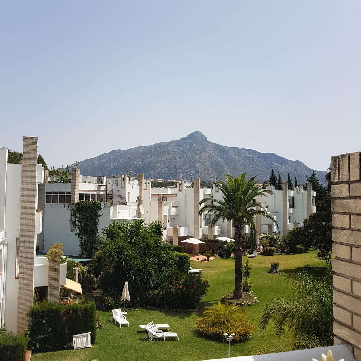 Marbella Banus Ático en Venta en Las Brisas – R3464461