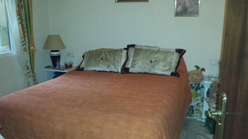 Villa con 2 Dormitorios en Venta Ojén