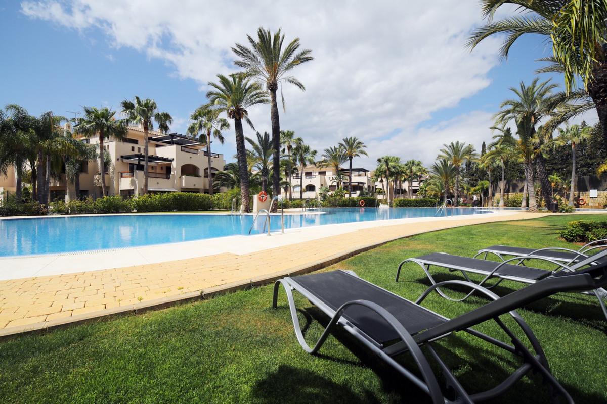 Marbella Banus Apartamento Planta Baja en Venta en Nueva Andalucía – R3480241
