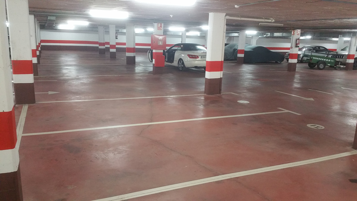 2 Magnificent parking spaces for sale very spacious, located in the prestigious urbanization of Cerr,Spain