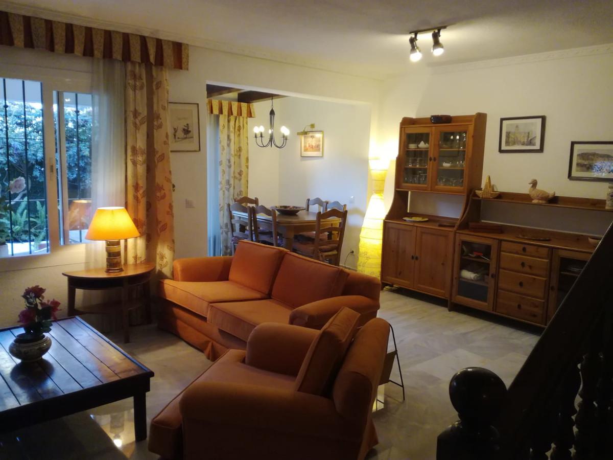 Apartamento  Planta Media  en Nagüeles