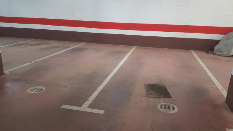 Garage in Nueva Andalucía for sale