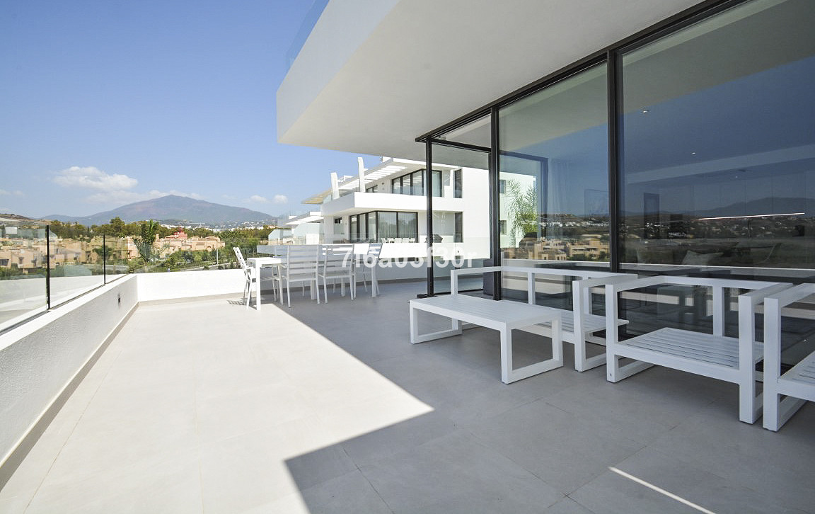 Middle Floor Apartment for sale in Atalaya R3262555
